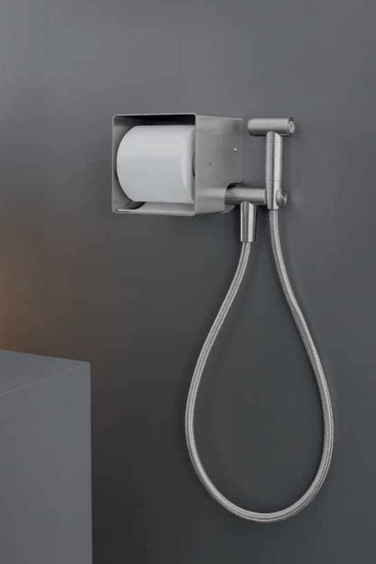 Polleri Cinque - Ceadesign portarotolo con doccino igienico acciaio